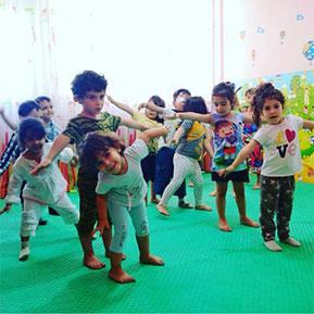کودک بازی شادی